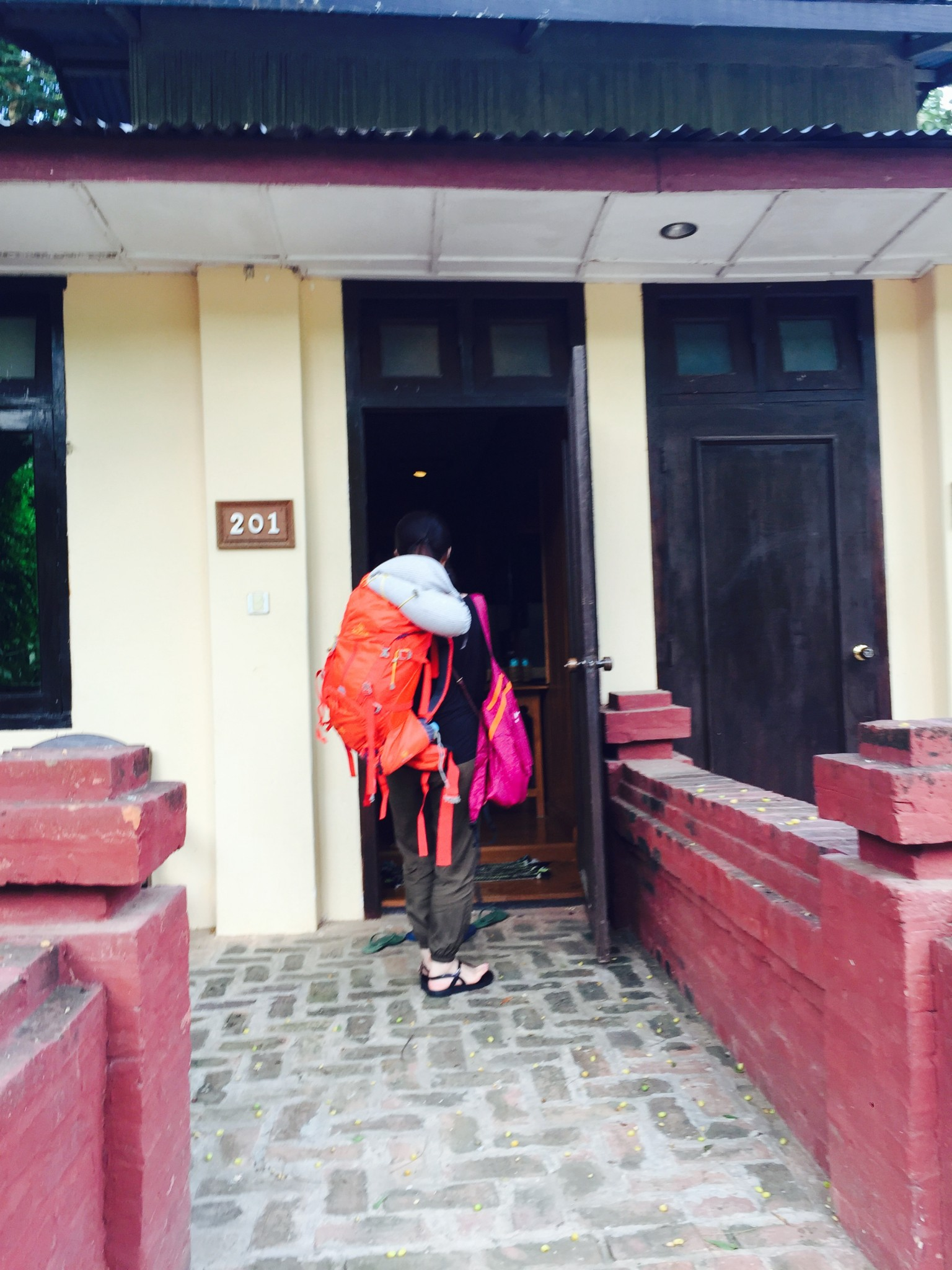 Swing in Aung Mingular Hotel